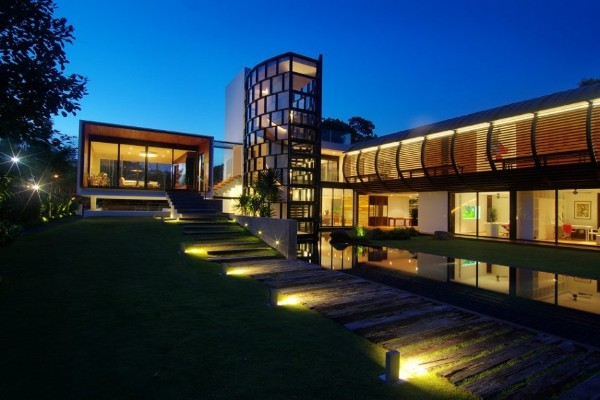 Dalvey-Estate-by-aamer-architects-in-singapore-contemporary-architecture-1