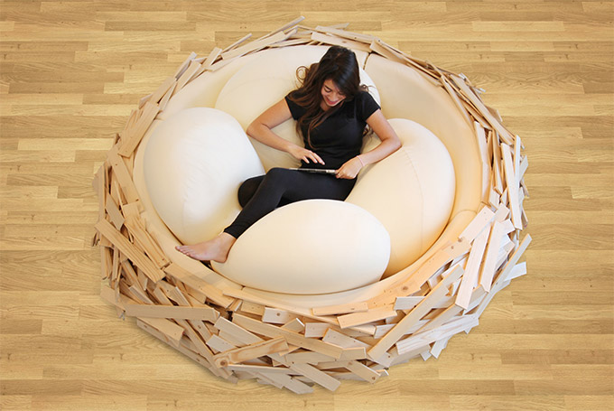 Giant-Birdsnest-Humans-Filled-With-Giant-Egg